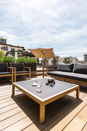 am nager meubler et accessoiriser votre ext rieur mobilier de jardin annecy. Black Bedroom Furniture Sets. Home Design Ideas